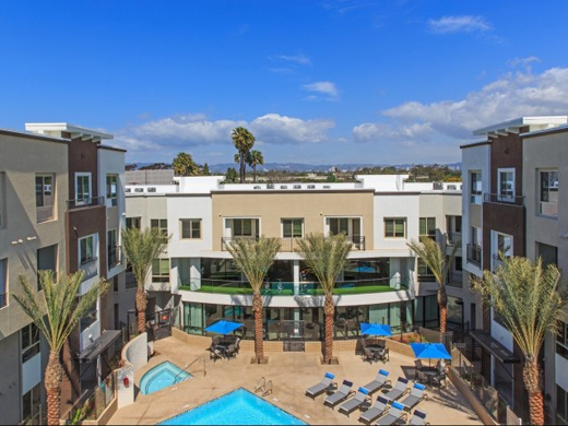 New Accent in Marina Del Rey
