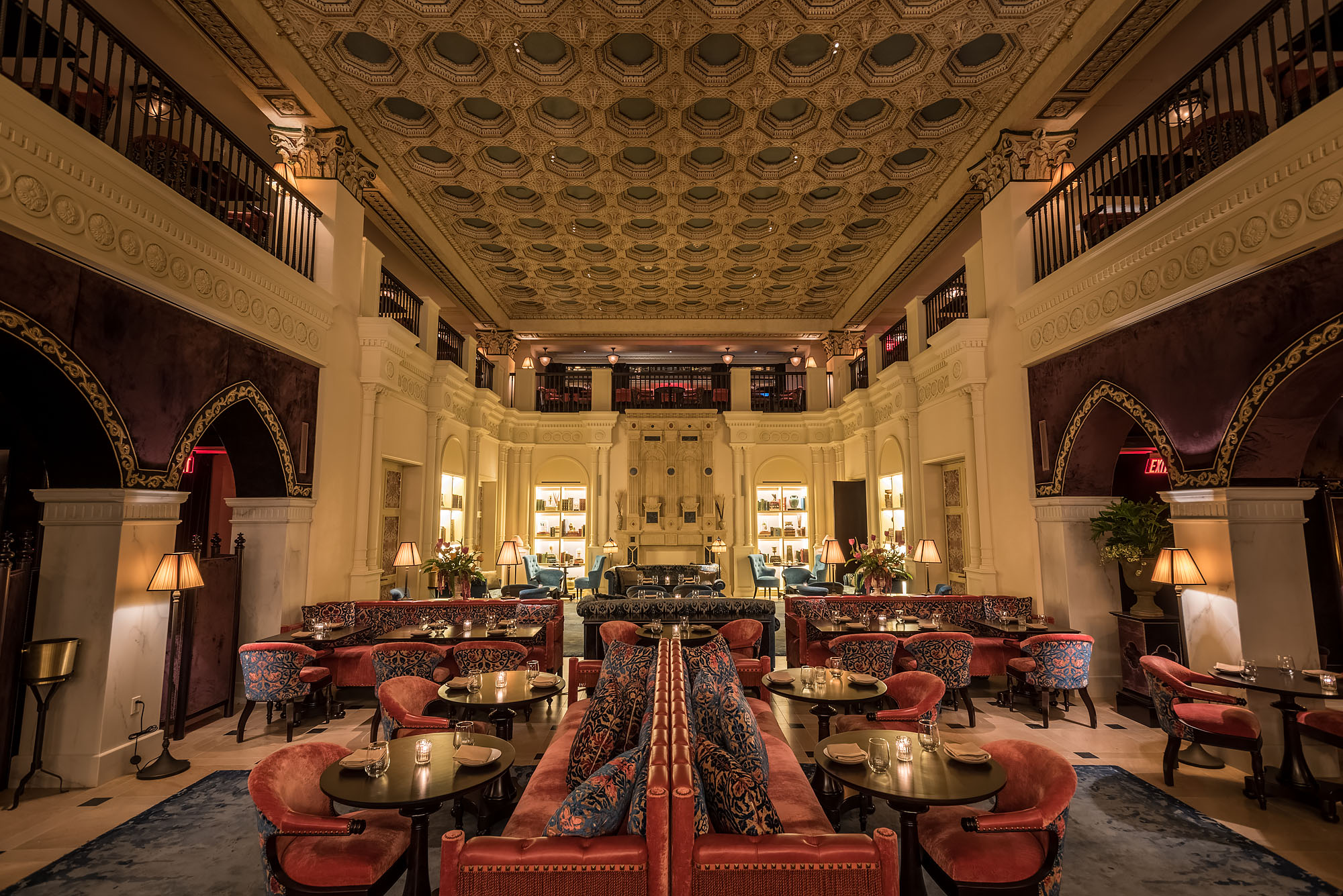 Nomad hotel opens in dtla inovus for Nomad hotel decor